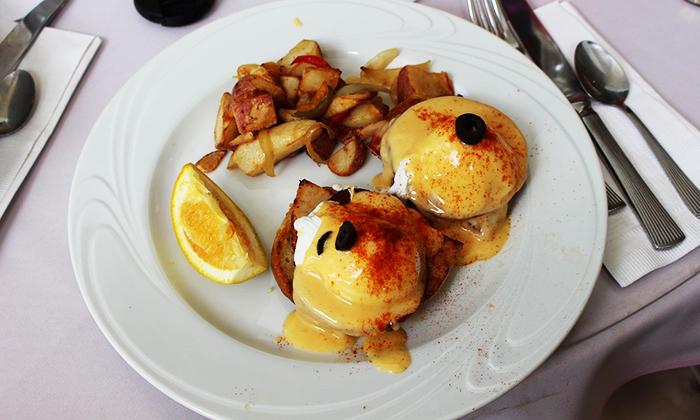 Classic Eggs Benedict Recipe | Dorsey Schools