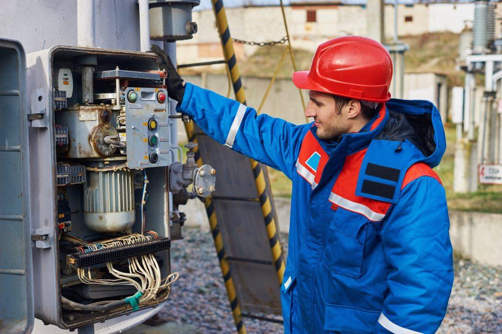 5 Characteristics of an Electrical Technician | Michigan ...