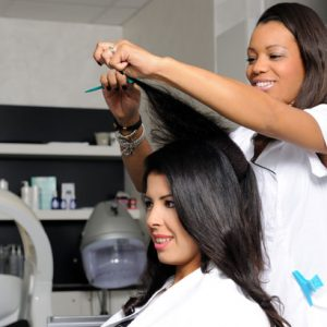 5 Things Hair Stylists Must Do Every Day