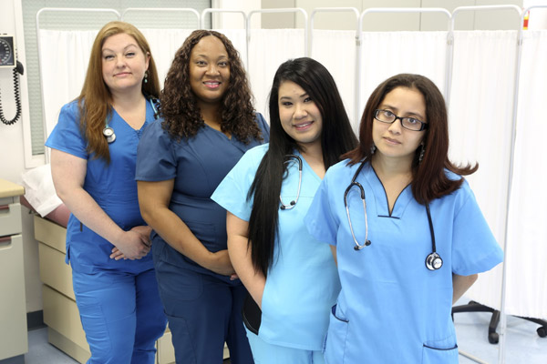 5 Qualities of a Medical Office Assistant | Career Training in Michigan | Dorsey Schools