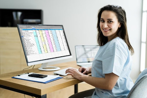 Reasons to pursue a carrer as medical billing specialist