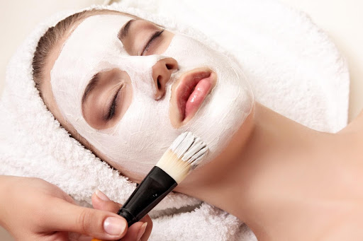 how to become an esthetician in Michigan